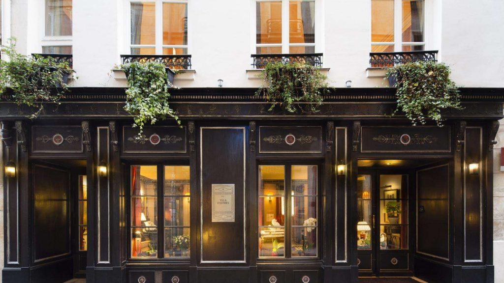 Hotel in Paris St-Germain